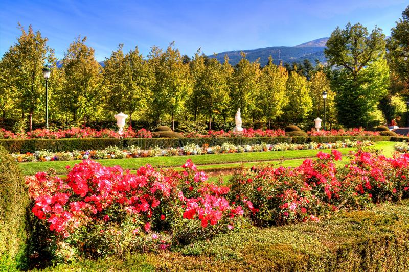 拉格兰哈de圣伊尔德方索,塞戈维亚,卡斯蒂利亚-莱昂,西班牙庭院  库存照片