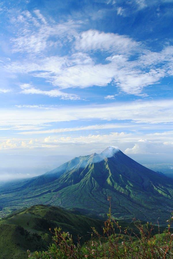 默拉皮火山 免版税库存图片