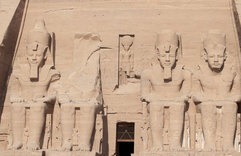 拉美西斯二世四个巨大的巨人阿布格莱布的Simbel 库存图片