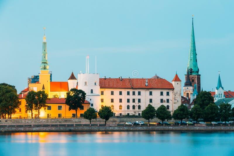 拉脱维亚 城堡拉脱维亚老总统住宅里加城镇 地标, Residence On Embankment总统 免版税库存照片