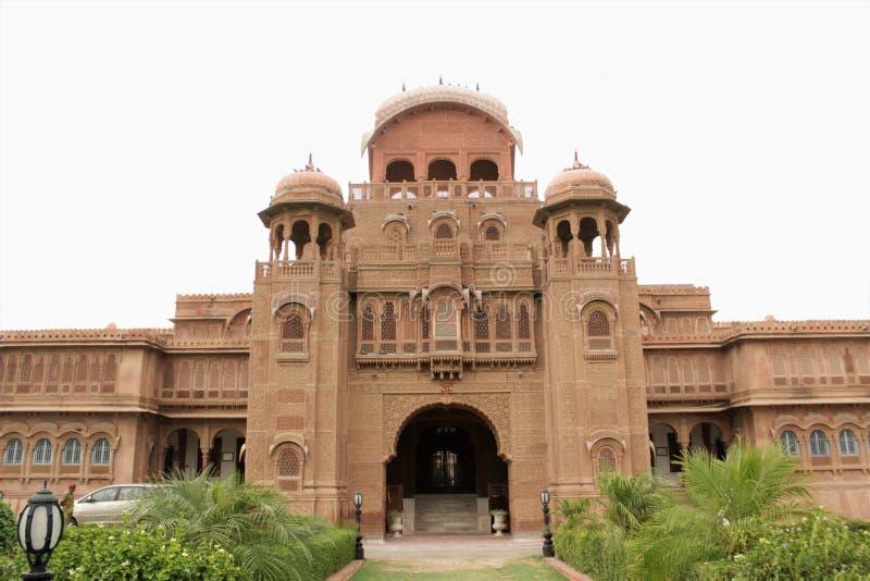 拉贾斯坦宫殿的正面图 库存照片
