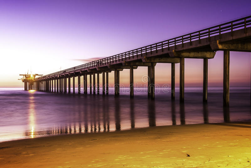 拉霍亚海滩码头 免版税库存照片