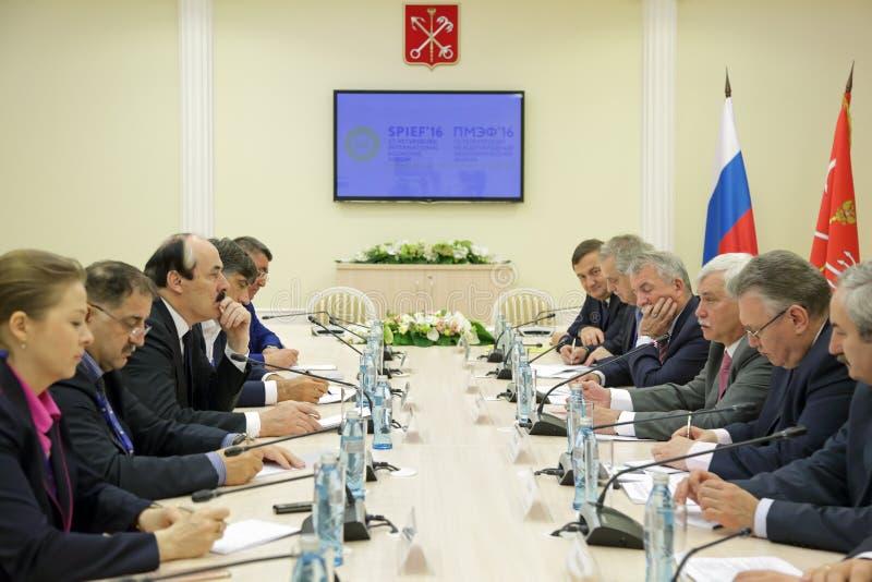 拉马赞阿卜杜拉季波夫和Georgy波尔塔夫琴科 库存照片