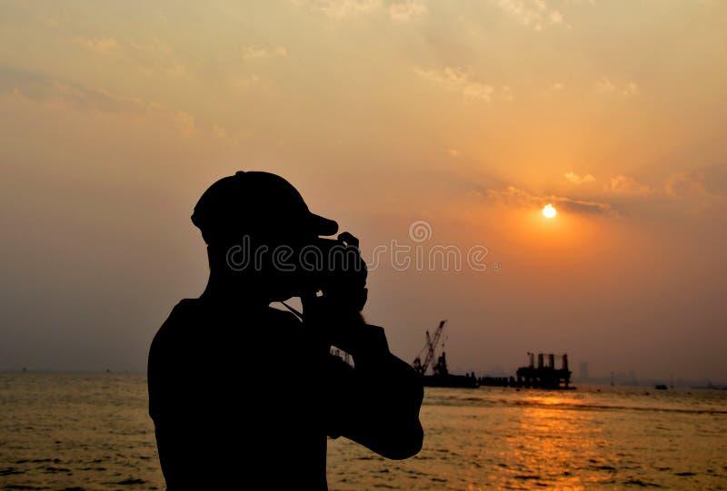 拍自然孟买海洋的照片摄影师. 印度, 节假日.