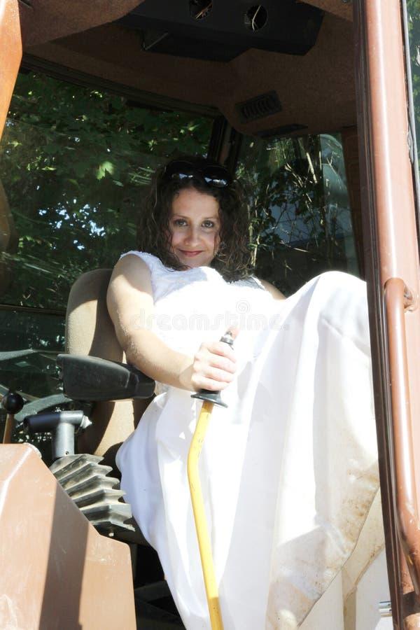 拖拉机农厂新娘 库存照片