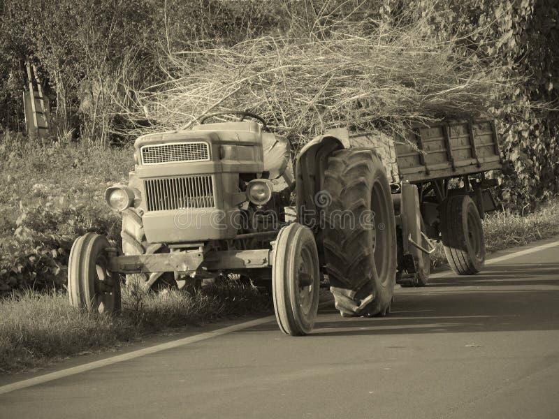 拖拉机葡萄酒 免版税库存图片