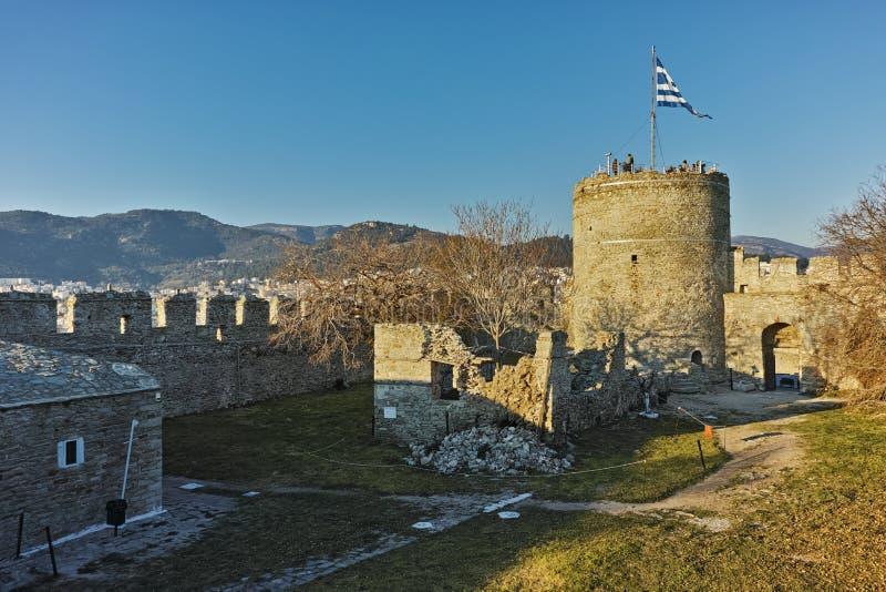 拜占庭式的堡垒的塔在卡瓦拉,希腊 免版税库存照片