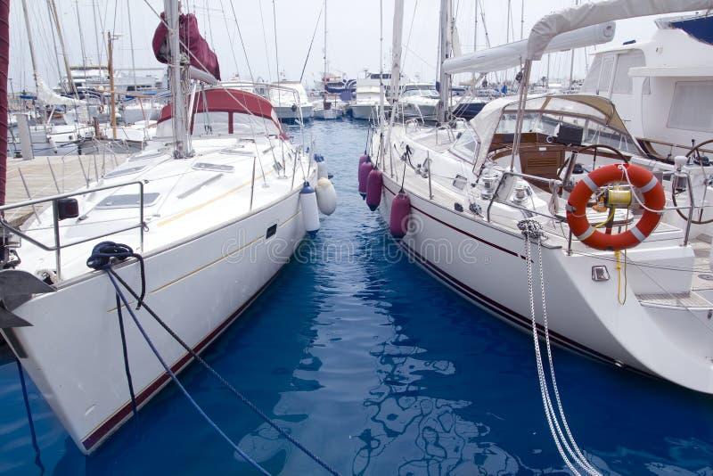 拜雷阿尔斯formentera海岛海滨广场风船 免版税库存图片