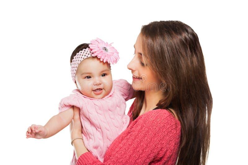 拥抱的母亲和的婴孩亲吻和。 图库摄影