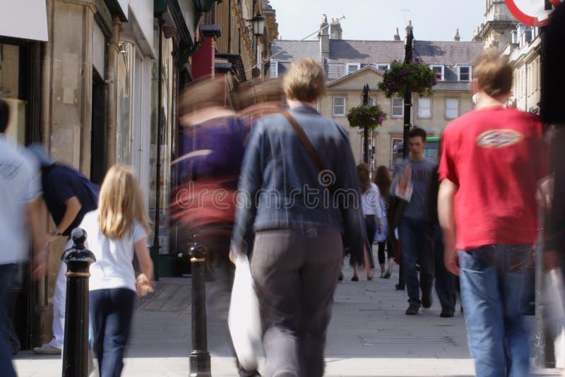 拥挤购物的街道 库存照片