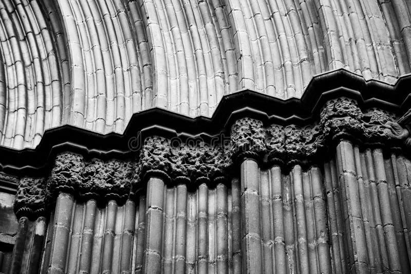 拱廊建筑学细节在巴塞罗那 免版税库存图片