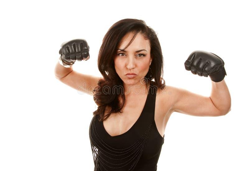 拳击手套拉提纳俏丽的妇女 库存图片