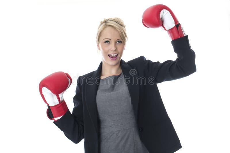 拳击企业手套查出佩带的白人妇女年轻人 免版税图库摄影