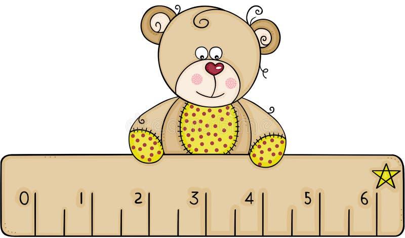 拿着一个小的统治者的玩具熊 皇族释放例证
