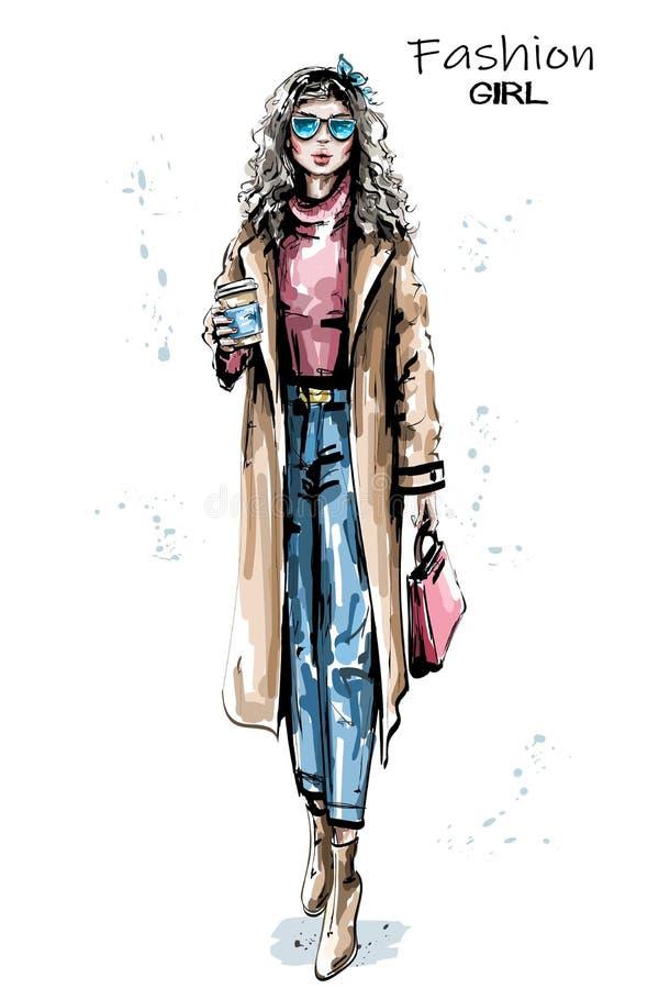 拿着塑料咖啡杯的手拉的美丽的年轻女人 外套的时髦的典雅的女孩 时尚妇女神色 向量例证