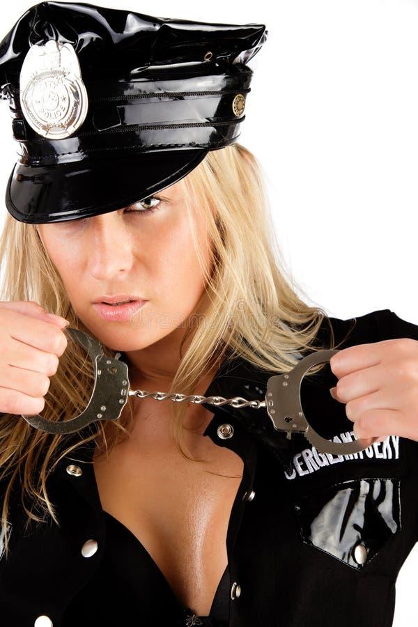 手铐女警视频_拿着女警的手铐 库存照片. 图片 包括有 嬉戏, 查出, 人们, 色情 ...