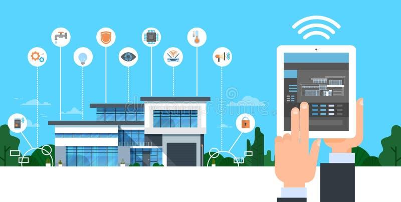 拿着有聪明的录象系统控制界面现代议院自动化概念的手数字式片剂 向量例证