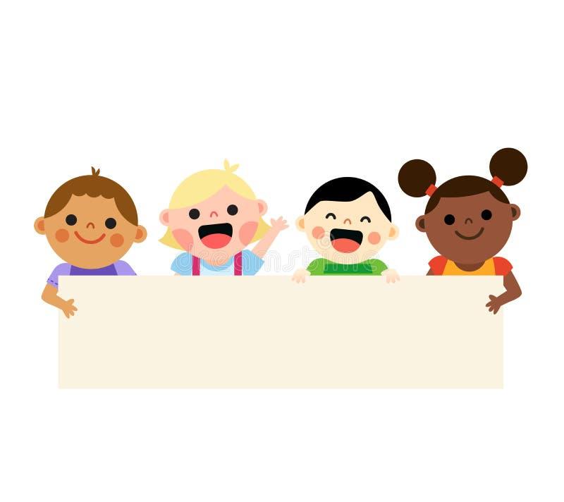 拿着空白的横幅的四个不同种族的孩子 皇族释放例证