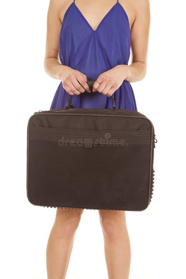 Download 拿着袋子的妇女身体 库存照片. 图片 包括有 成人, 新鲜, 摘要, 吟呦诗人, 高雅, 夫人, 放松, 女性 - 30325990