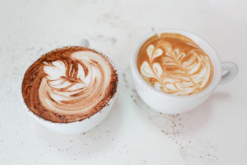 拿铁艺术咖啡 免版税图库摄影