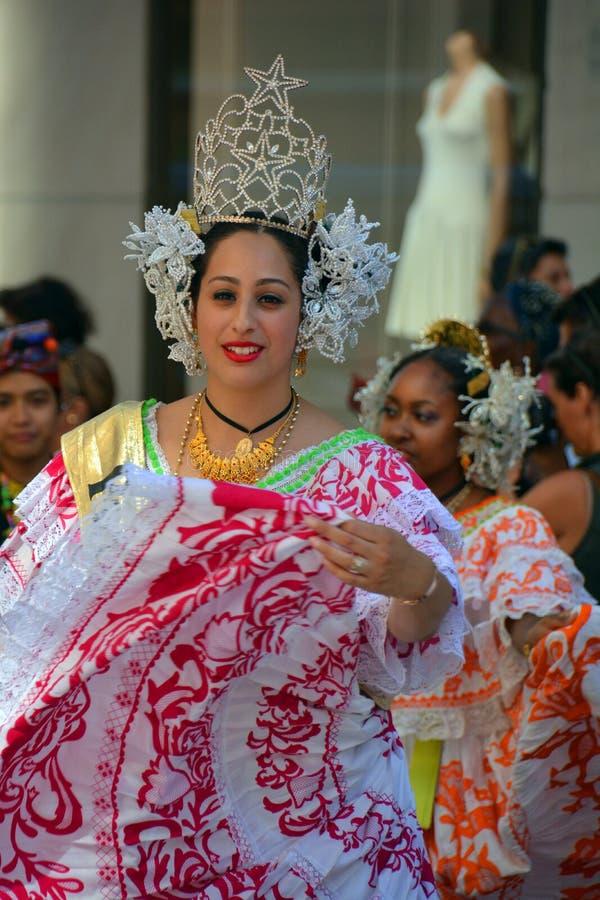 巴拿马的传统舞蹈家 免版税库存图片