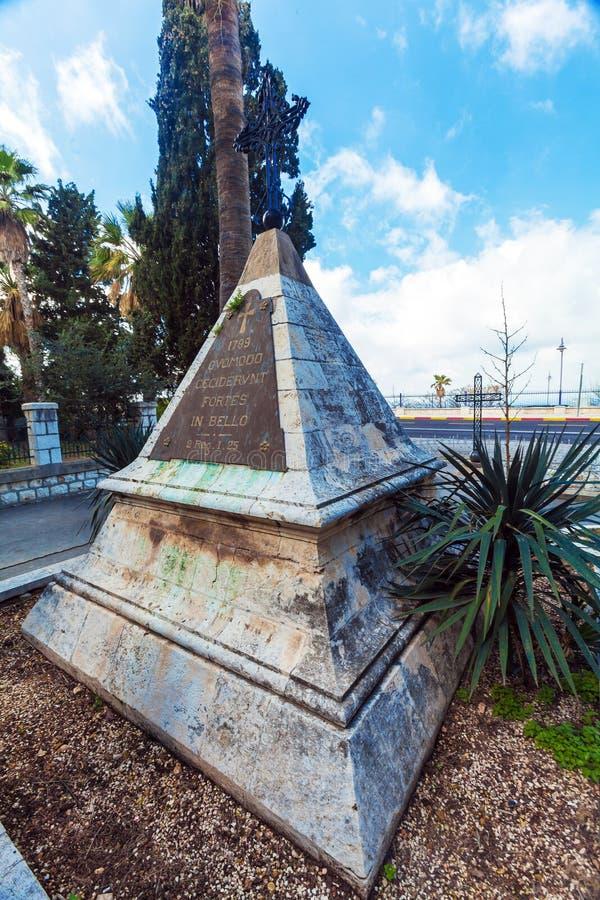 拿破仑战士的纪念碑;在卡默利特平纹薄呢修道院附近, 免版税库存照片