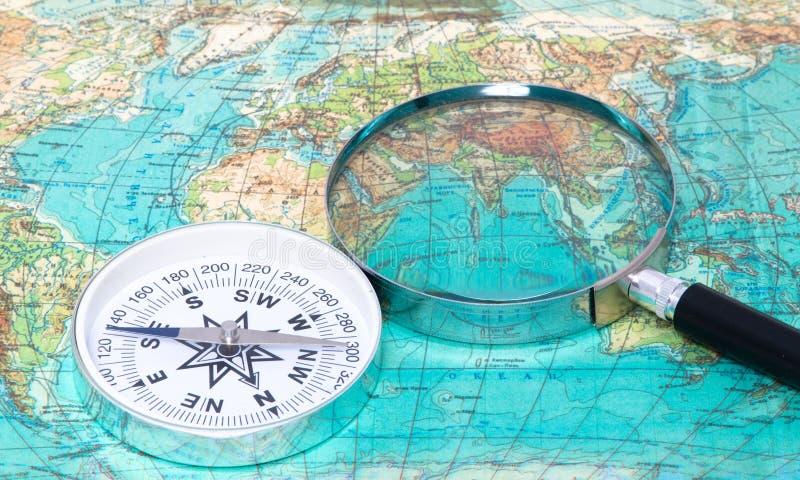 指南针玻璃扩大化 免版税库存图片