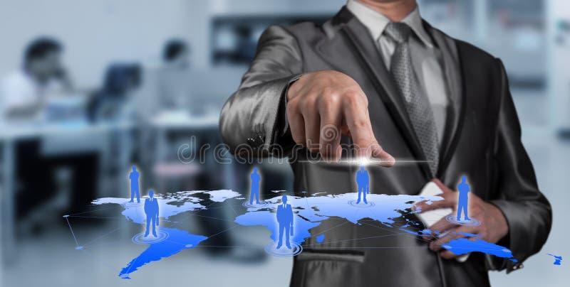 按在数字式虚屏,人力资源m上的商人 库存照片