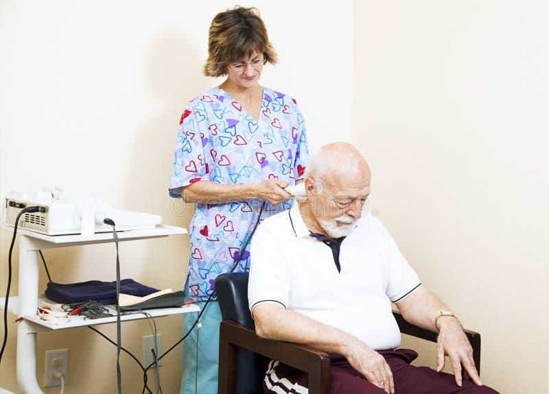 按摩脊柱治疗者疗法超声波 免版税图库摄影