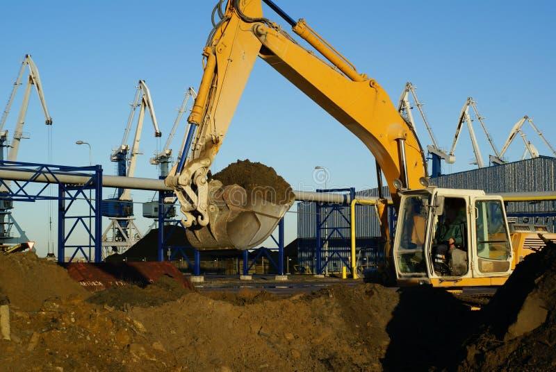 挖掘机水力工作 库存图片