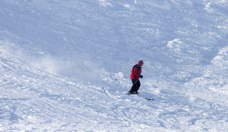 挡雪板在雪跌倒了 免版税库存图片