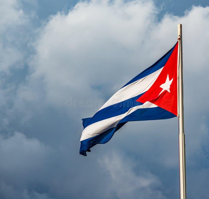 挥动的五颜六色的古巴旗子 图库摄影