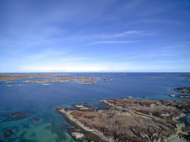 挪威海岛链子鸟瞰图,寄生虫视图 库存图片