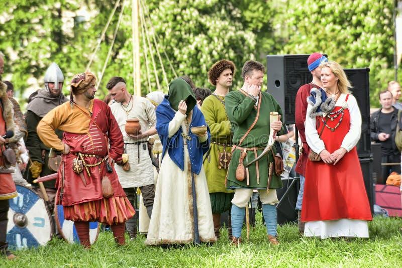 Download 挪威语北欧海盗在圣彼德堡 编辑类照片. 图片 包括有 臂章, 扶手, 节假日, 箭头, 有历史, 文化, 历史 - 59100036