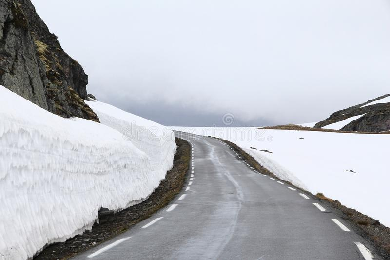 挪威雪路 图库摄影