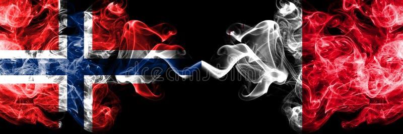挪威,挪威语,马耳他,马尔他竞争厚实的五颜六色的发烟性旗子 欧洲橄榄球资格比赛 免版税库存图片