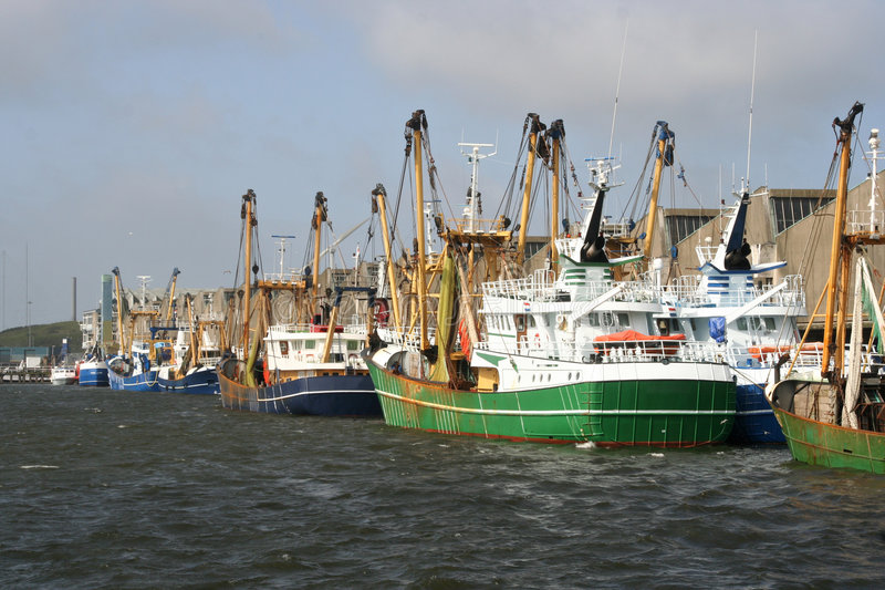 捕鱼拖网渔船 免版税库存图片