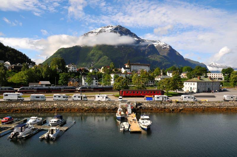 捕鱼海湾挪威小的村庄 库存照片