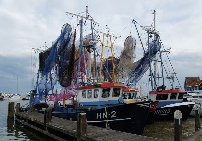 捕鱼船在福伦丹,荷兰港口  免版税库存图片