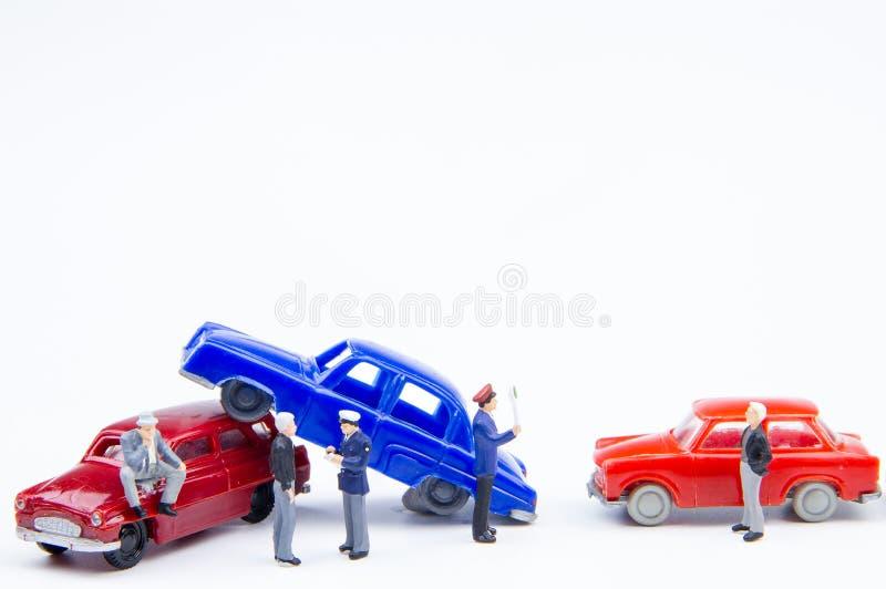 损坏的微型微小的玩具车祸事故 在的保险 库存照片