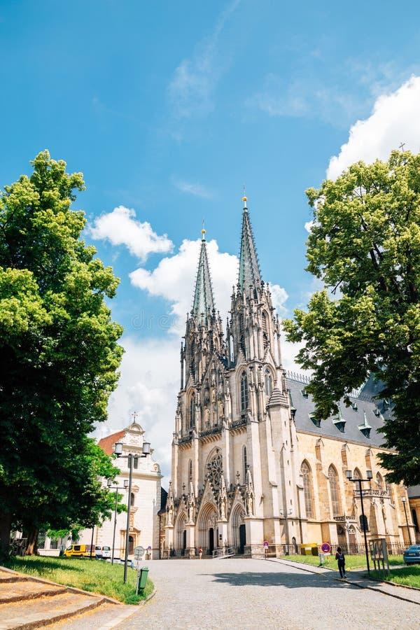 捷克奥洛穆克圣瓦茨拉夫主教座堂 免版税库存图片