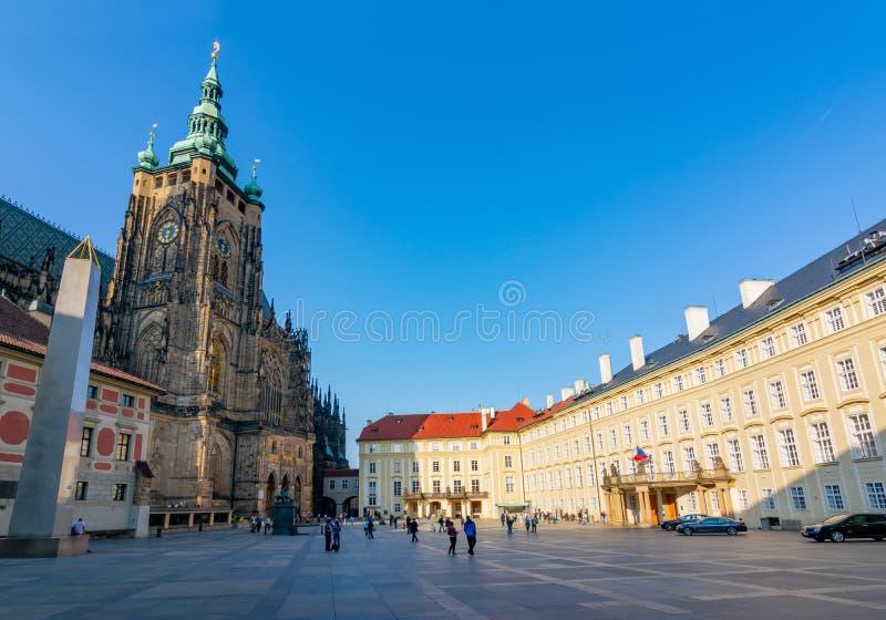 捷克布拉格城堡圣维图斯主教座堂和旧皇宫 免版税图库摄影
