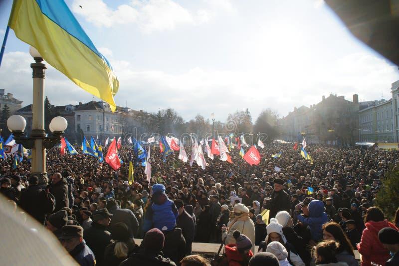 捷尔诺波尔,乌克兰:抗议在Euromaydan在捷尔诺波尔反对总统亚努科维奇 图库摄影