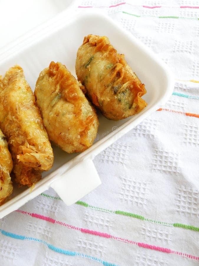 去掉中国快餐,油煎的饺子 库存照片