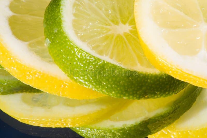 排列柠檬石灰 免版税库存照片