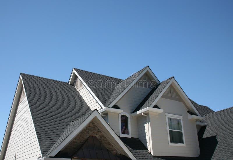排行多个屋顶 免版税库存照片