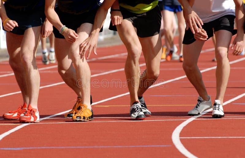排行赛跑者开始 免版税库存照片