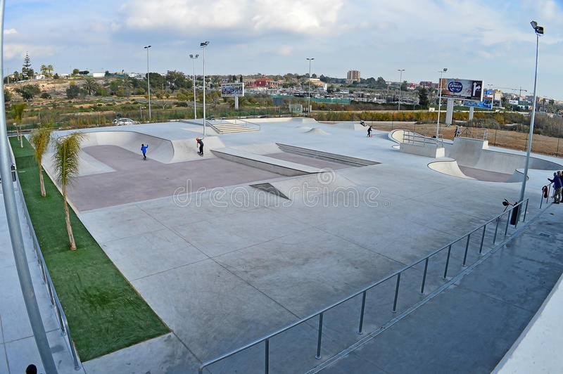 直排轮式溜冰鞋公园 库存照片