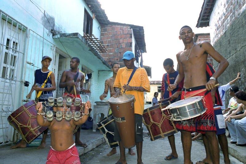 排练为狂欢节的巴西鼓带 免版税库存照片