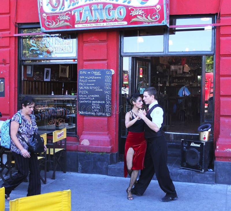 探戈舞蹈家餐馆在拉博卡,布宜诺斯艾利斯,阿根廷 库存照片